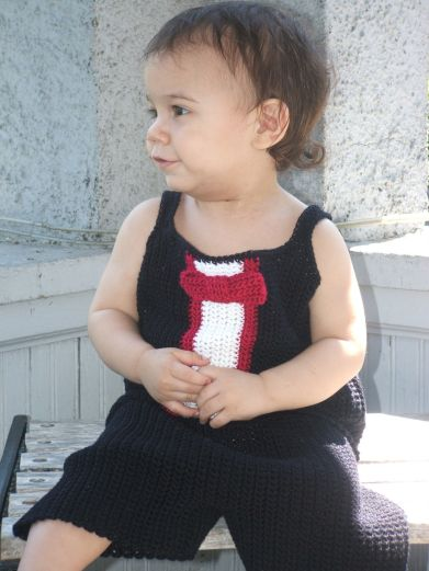 CrochetKim Free Crochet Pattern | Tuxedo Top and Short Set @crochetkim