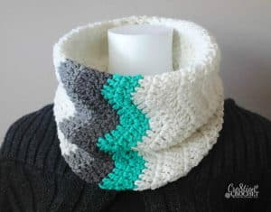 Free Crochet Pattern: Winter Waves