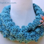 Wobbly Bobbly Cowl Free Crochet Pattern