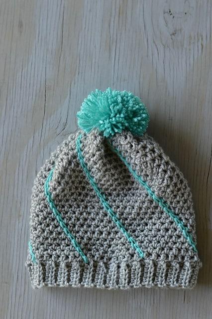 Free Crochet Pattern: Diagonal Hatch Slouchy
