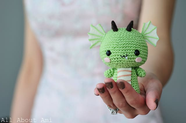 Free Crochet Pattern: Baby Dragon