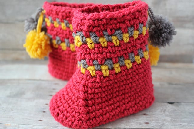 Pom Pom Slipper Boots Free Crochet Pattern