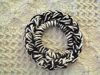 CrochetKim Free Crochet Pattern | Quick No Frills Scrunchie @crochetkim