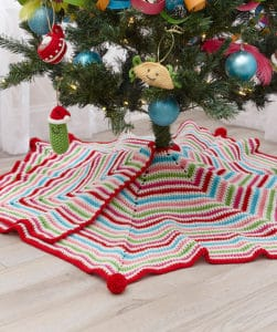 Link Blast: 10 Free Crochet Patterns for Christmas Tree Skirts