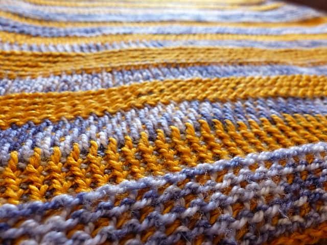 Free Crochet Pattern: Strata Cowl