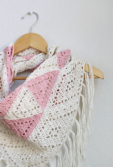 Free Crochet Pattern: Trillium Shawl