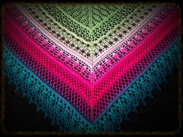 Free Crochet Pattern: Edlothia Shawl
