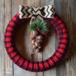Free Crochet Pattern: Tartan Plaid Wreath