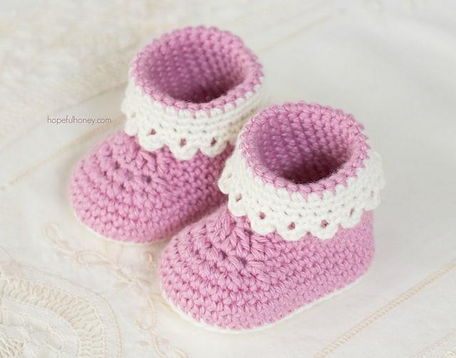 Free Crochet Pattern: Pink Lady Booties