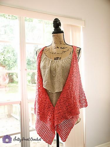 Free Crochet Pattern: Clamshell Lace Waterfall Vest