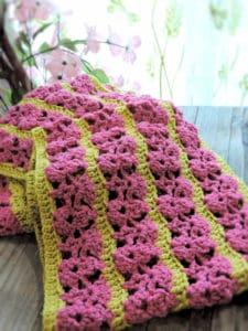 CrochetKim Free Crochet Pattern | Wild Raspberries Scarf