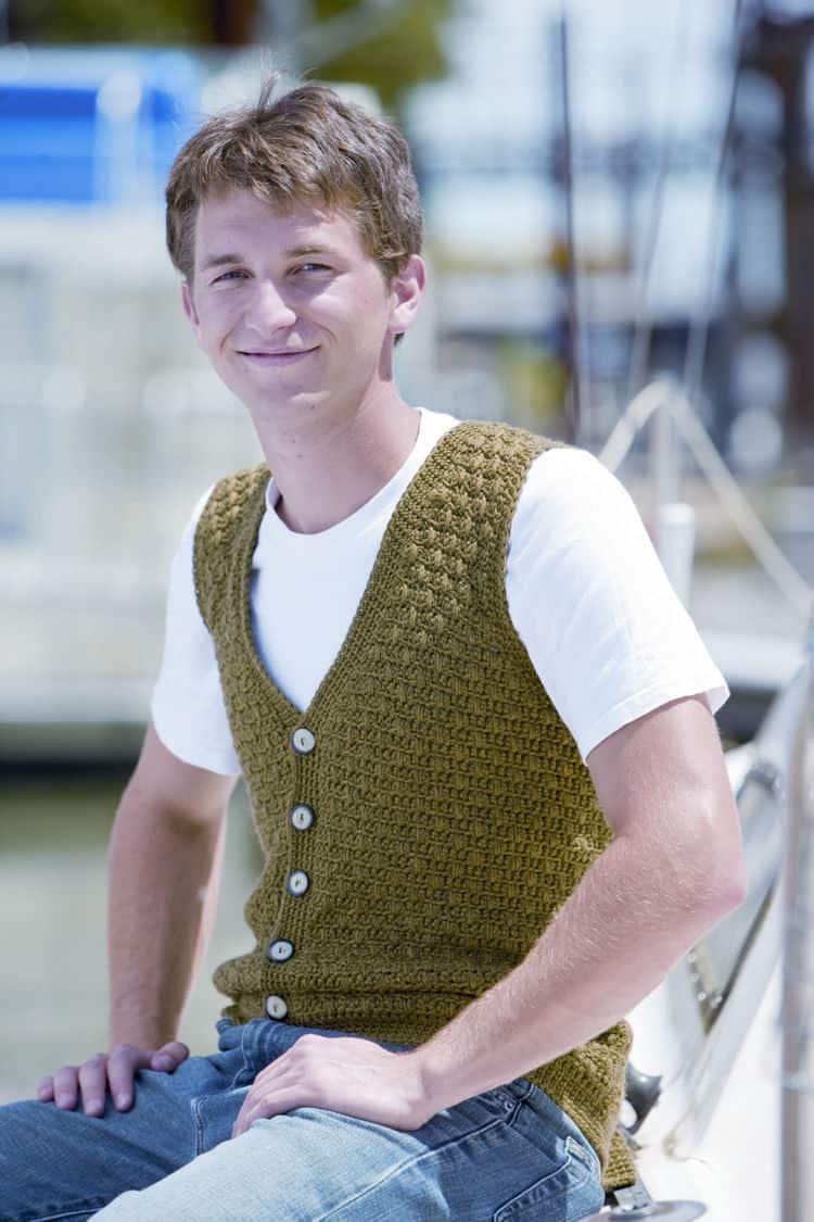 CrochetKim Free Crochet Pattern: Swish Mens Vest