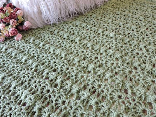 CrochetKim Romantic Lace Throws: 5 Free Crochet Patterns