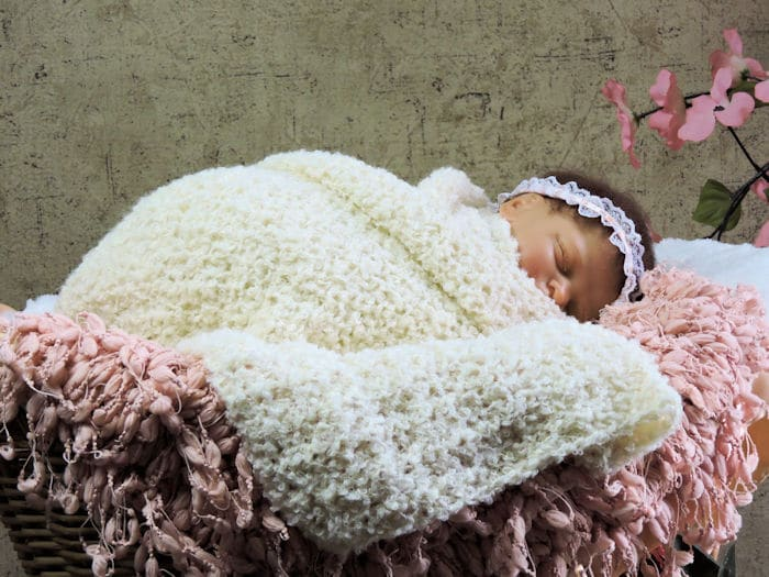 Newborn Stretchy Snuggle Wrap Photo Prop Free Crochet Pattern