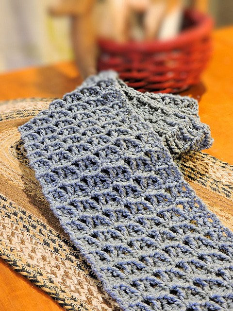 Link Blast: 10 Free Crochet Patterns for Men's Scarves