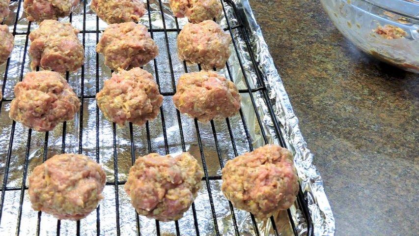 24Bite Recipe: Gluten Free Baked Meatballs