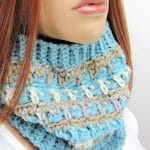 Icicles Cowl in Red Heart Yarns CrochetKim Free Crochet Pattern